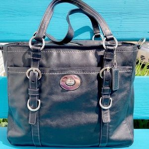 LIKE NEW AUTHENTIC COACH CHELSEA LEATHER F14015